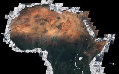 Afrika v skutočných farbách a bez retuše. Pozrite sa na čierny kontinent z vesmíru vďaka obrovskej mozaike