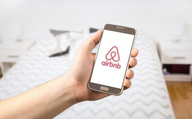 Airbnb se bude v Česku nejspíš omezovat, majitelé bytů budou moci službu v domě i úplně zakázat. Je to dobře?