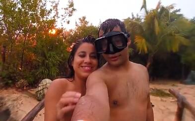 Aj Boh neznáša selfies. Mladý pár si chcel spraviť fotku, takmer ich trafil blesk