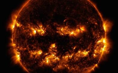 Aj Slnko sa pridáva k Halloweenskemu duchu. NASA zverejnila fotografiu, na ktorej Slnko pripomína vyrezanú tekvicu