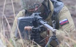 Ak by sme vystúpili z NATO, ako to chcú kotlebovci, po napadnutí by sme sa bránili sami s technikou starou aj viac ako 50 rokov
