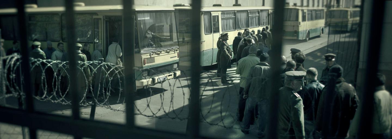 Ak by vo filme Amnestie spomenuli amnestie a vzburu v Leopoldove jednou vetou, dej by sa výrazne nemenil. A to je škoda (Recenzia)