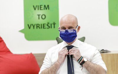 Ak sa začnú uvoľňovať opatrenia, ako prvé otvoríme školy, tvrdí Branislav Gröhling