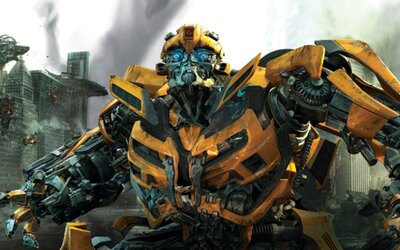 Aká je budúcnosť Transformerov, prečo bojuje Optimus Prime proti Autobotom a kedy uvidíme samostatný film o Bumblebeem?