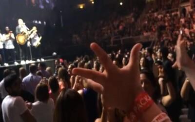 Aké to je, keď ti na narodeniny zaspieva Justin Timberlake, spolu s 25 000 ľuďmi?