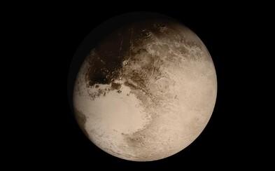Ako by vyzeralo reálne pristátie na povrchu Pluta? NASA vytvorila podrobnú animáciu