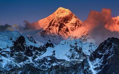 Ako ďaleko môže človek dovidieť z Mount Everestu? Pri dobrých podmienkach aj na vzialenosť stoviek kilometrov