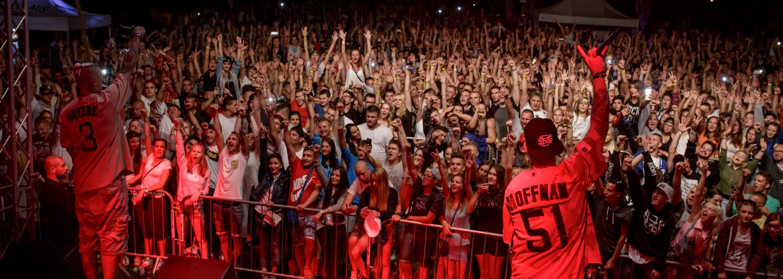 Ako dopadla prvá polovica festivalu Hip Hop Žije na Domaši a na čo všetko sa ešte môžeme tešiť? (Fotoreport)