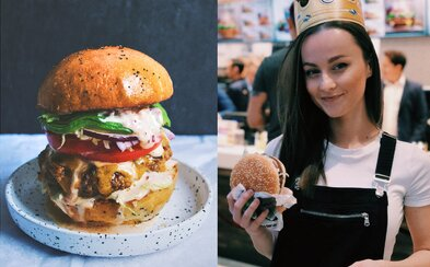 Ako ješ hamburger, takým si človekom. Ktorý spôsob sa hodí na teba?