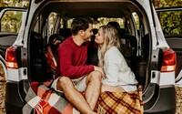 Ako mať sex v stiesnenom priestore? Toto sú odporúčania pre ľúbostné hry v aute, kúpeľni či na balkóne