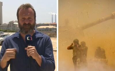 Ako novinár som nemohol začať hystericky jačať a bežať do krytu, komentuje reportér David Borek boje v Izraeli (Rozhovor)