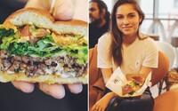 Ako prví na Slovensku sme ochutnali nový burger v McDonald's! Avokádové guacamole s limetkou na teba v mekáči čaká už od pondelka