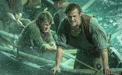 Ako sa podaril súboj Thora s bielou veľrybou od oscarového režiséra Rona Howarda? (Recenzia)