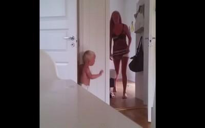 Ako si frustrovaná mamička nevedela poradiť s dvojičkami, ktoré sa proti nej spriahli