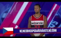 Ako to dopadne, keď sa hráči NBA snažia učiť češtinu spoločne s jediným českým zástupcom Tomášom Satoranským?