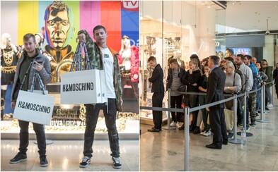 Ako to vyzeralo na spustení predaja kolekcie H&M x Moschino? Záujemcom nerobilo problém čakať v rade aj niekoľko hodín