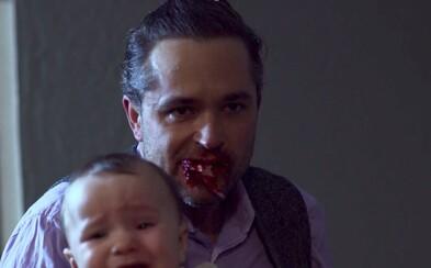 """Ako vyzerá """"normálna"""" rodinka, v ktorej si členovia pochutnávajú na šťavnatej ľudskej šunke? To zistíte v novom hororovom krváku"""