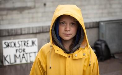 Aktivistka Greta Thunberg dorazila do New Yorku poté, co 15 dní plula přes Atlantik