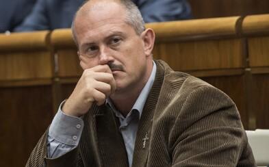 AKTUALIZOVANÉ: Kotlebovi sa rozpadá vedenie strany ĽSNS: Po Mazurekovi a Uhríkovi z predsedníctva odchádza aj Ďurica