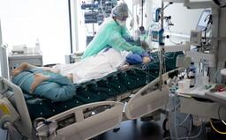 Aktualizované: Pri najhoršom možnom scenári zomrie na koronavírus 2015 Slovákov, tvrdí najnovšia štúdia z USA