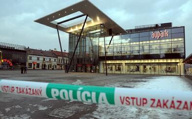 Aktualizované: V Košiciach evakuovali Aupark, v budove odpadol starší muž. Koronavírus nepotvrdili