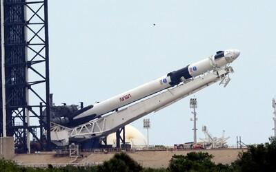 Aktualizováno: Soukromá společnost Elona Muska Space X kvůli počasí start rakety odložila