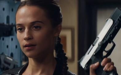 Alicia Vikander musí ako Lara Croft čeliť v akčnom traileri smrteľným pascám, ozbrojeným nepriateľom a nástrahám nebezpečnej prírody