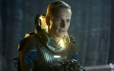 Alien: Covenant bude omnoho strašidelnejší ako Prometheus, potvrdzuje Michael Fassbender