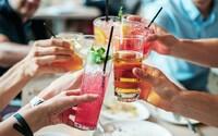 Alkohol je nejškodlivější drogou pro společnost, zjistila australská studie
