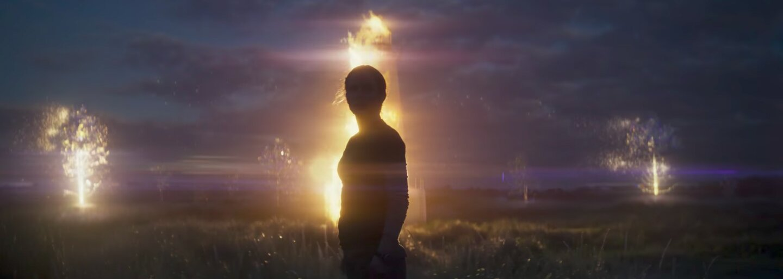 Ambiciózne mindfuckové sci-fi Annihilation nám poplietlo hlavy. Čo znamenal jeho koniec a akou silnou metaforickou myšlienkou oplýval?