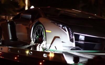 Američan si prevzal Lamborghini Veneno za 4 milióny $