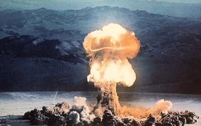 Američania testovali stovky jadrových bômb. V desivých videách si môžeš pozrieť explózie v Nevade aj v oceánoch