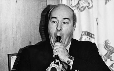 Americký politik se kvůli obvinění z korupce zastřelil během tiskovky. O 23 let později zjistili, že byl nevinný