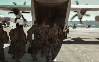 Američtí vojáci opouští Afghánistán, všichni mají odletět do 31. srpna