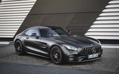 AMG začína oslavovať svoje 50. narodeniny. Vrcholné GT-čko dostalo facelift, novinkou je ale špecialitka Edition 50
