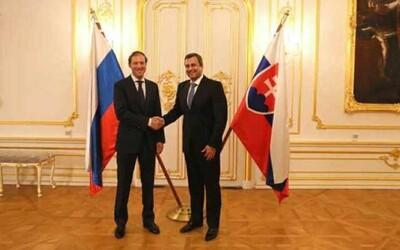 Andrej Danko bude sprevádzať českého ministra vnútra do Moskvy. Dôvodom cesty má byť vakcína Sputnik V