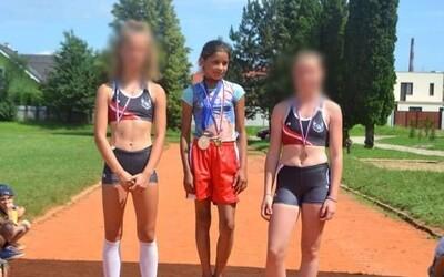 Andrej Danko tvrdí, že kým Kiska daroval Rómke Annamárii tenisky, on zariadil postavenie telocvične v Moldave nad Bodvou