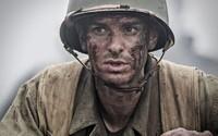 Andrew Garfield ostáva v bojovom poli aj po Hacksaw Ridge. V dráme Black Lion podľa skutočných udalostí si totiž zahrá vojenského reportéra