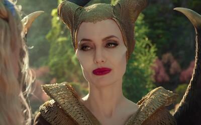 Angelina Jolie rozpúta v rozprávke Maleficent 2 veľkolepú vojnu plnú magických tvorov