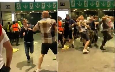 Angličtí fanoušci se po zápase s Itálií utrhli ze řetězu: rvačky, rasismus a vandalismus