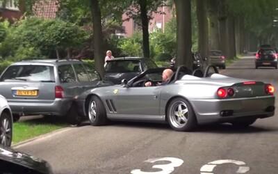 Ani s nadupaným Ferrari sa neoplatí strúhať frajera