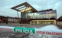 Anonym nahlásil bombu. Všetky Auparky na Slovensku museli policajti urýchlene evakuovať