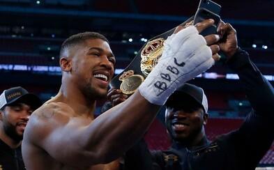 Anthony Joshua je na nejlepší cestě stát se prvním miliardářem v boxu. Po vítězném souboji s Kličkem ho peníze čekají na každém rohu