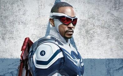 Anthony Mackie sa o Captainovi America 4 dozvedel od predavača v obchode. Tajnosti v Marveli sú na úplne inej úrovni