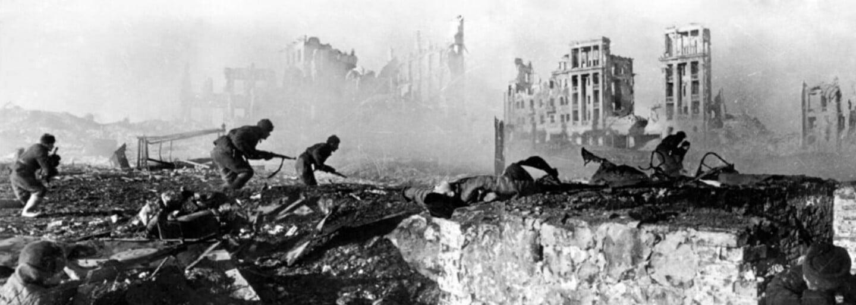 Antonina Makarova: V jednej ruke vodka, v druhej guľomet, s ktorým zabila vyše 1 500 svojich krajanov