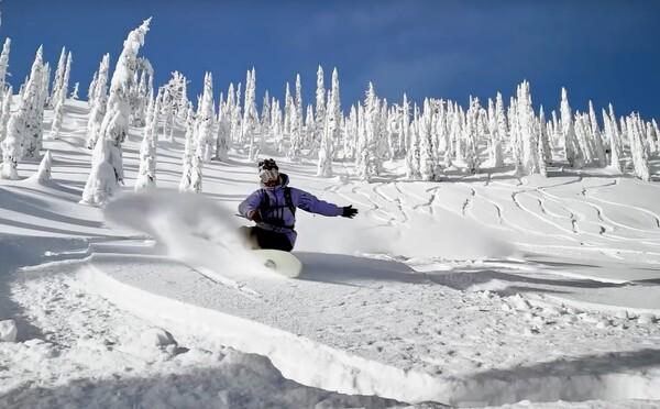 Apple láka na extrémne zábery snowboardistov, všetky vraj nakrútil priamo iPhone 11 Pro