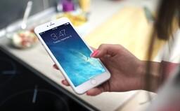 Apple odkazuje celému svetu: iPhony spomaľujeme kvôli lepšej výdrži degradujúcej batérie, prepáčte nám