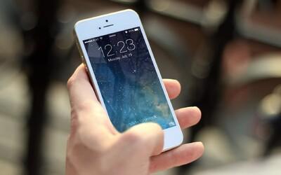 Apple oficiálne priznalo, že schválne spomaľuje staršie iPhony. Vraj tak predlžuje ich životnosť a bude v tom pokračovať