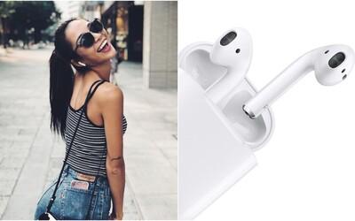 Apple se chystá vylepšit svá bezdrátová sluchátka. AirPods čeká voděodolnost a schopnost eliminovat okolní šumy