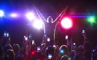 Apple získal patent, ktorý znemožňuje nahrávať a fotiť počas koncertov